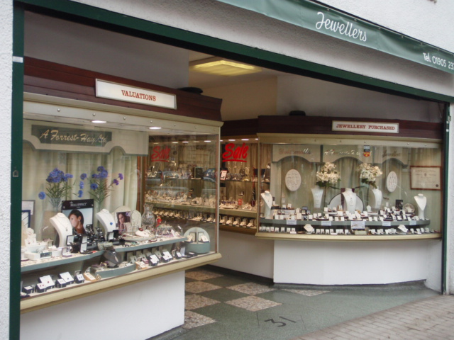 Freehold Jewellery Shop for sale  – £479000